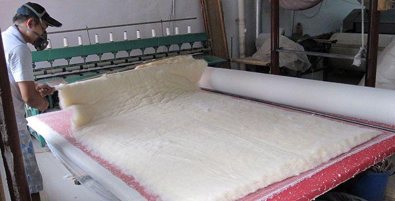 雷竞技app下载苹果千层大型被褥加工部压棉机工程过程实拍2.jpg