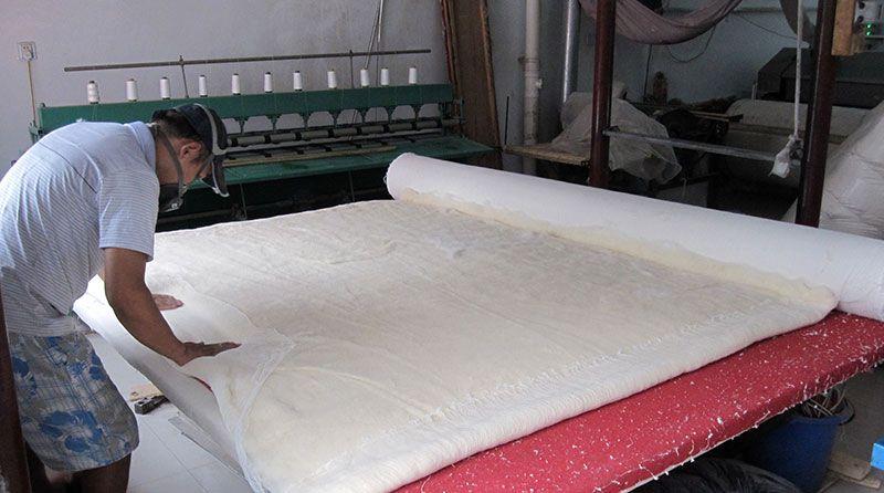 雷竞技app下载苹果千层大型被褥加工部压棉机工程过程实拍3.jpg