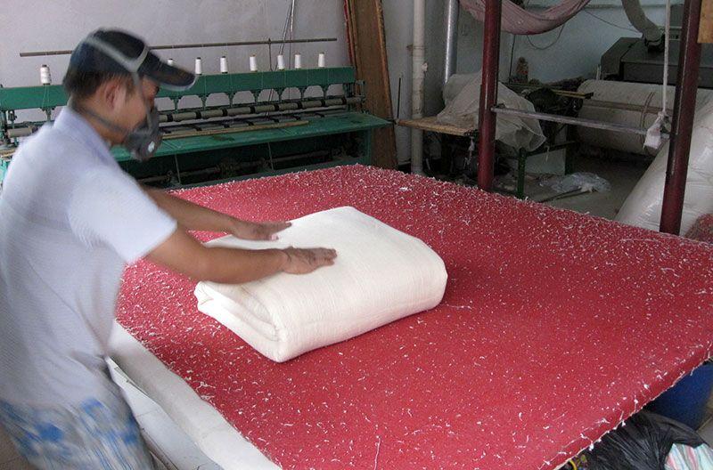 雷竞技app下载苹果千层大型被褥加工部压棉机工程过程实拍9.jpg