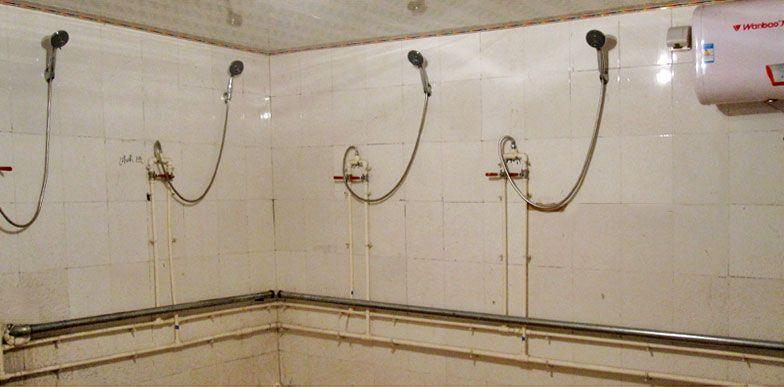 乐虎国际电子游戏欧美家养老公寓-淋浴洗澡间环境2.jpg