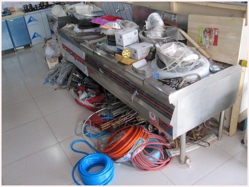 乐虎国际电子游戏长虹炊具电器城-食堂设备实拍-并提供食堂设备维修服务.jpg