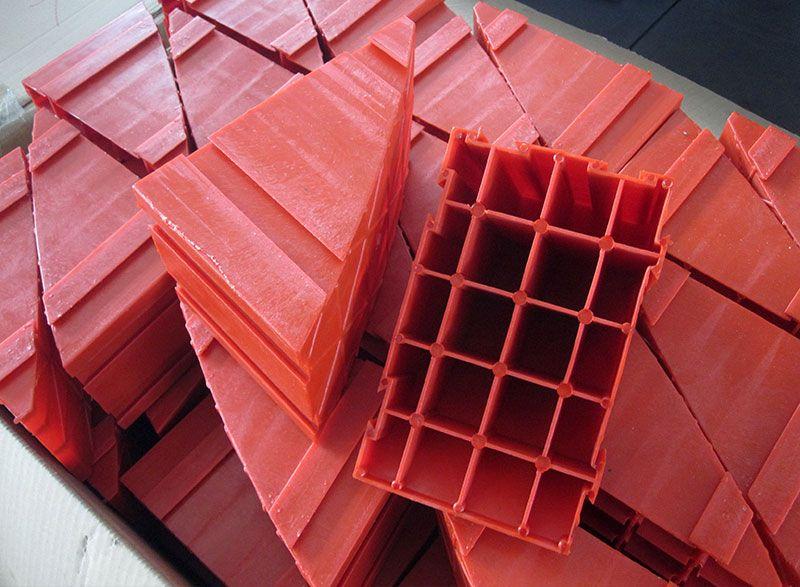 注塑机生产的产品展示2.jpg