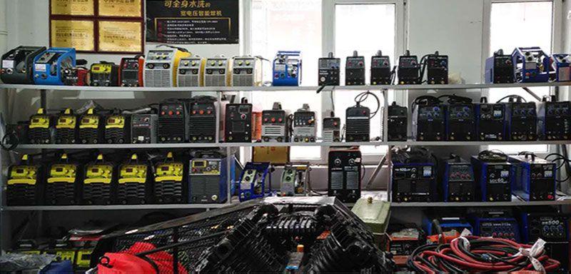 乐虎国际电子游戏精诚五金店面-电焊机整体实拍1.jpg