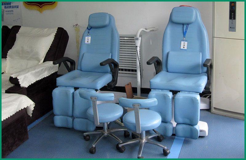 最新引进的修脚椅.jpg