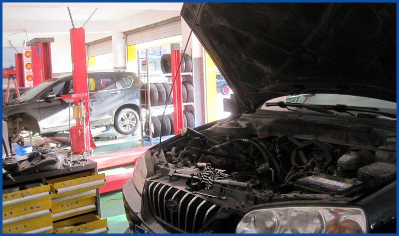 维修发动机2.jpg