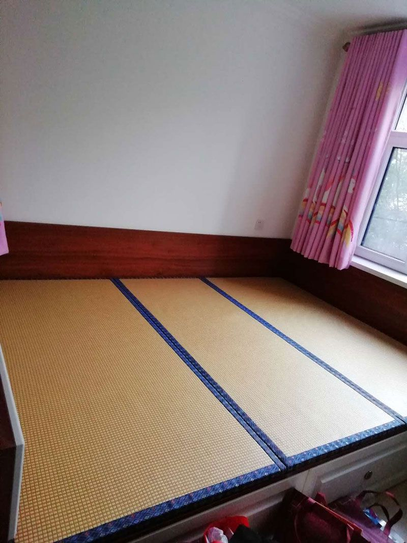 乐虎国际电子游戏梦美床垫-给客户制作安装好的榻榻米实拍-2.jpg